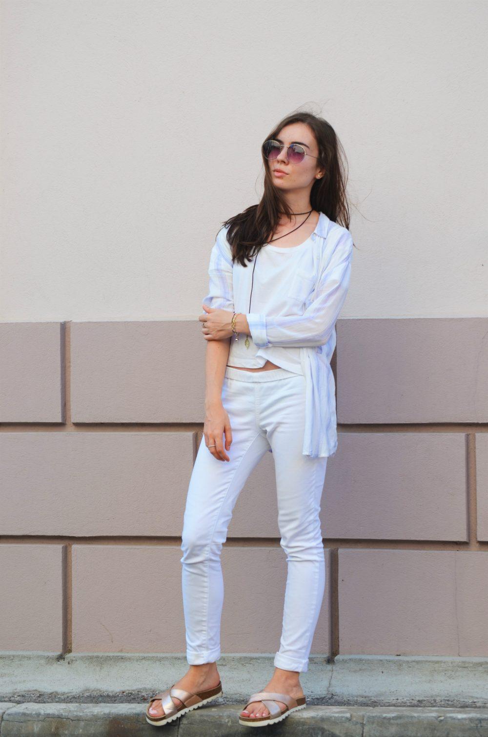 qonique-white-outfit-2