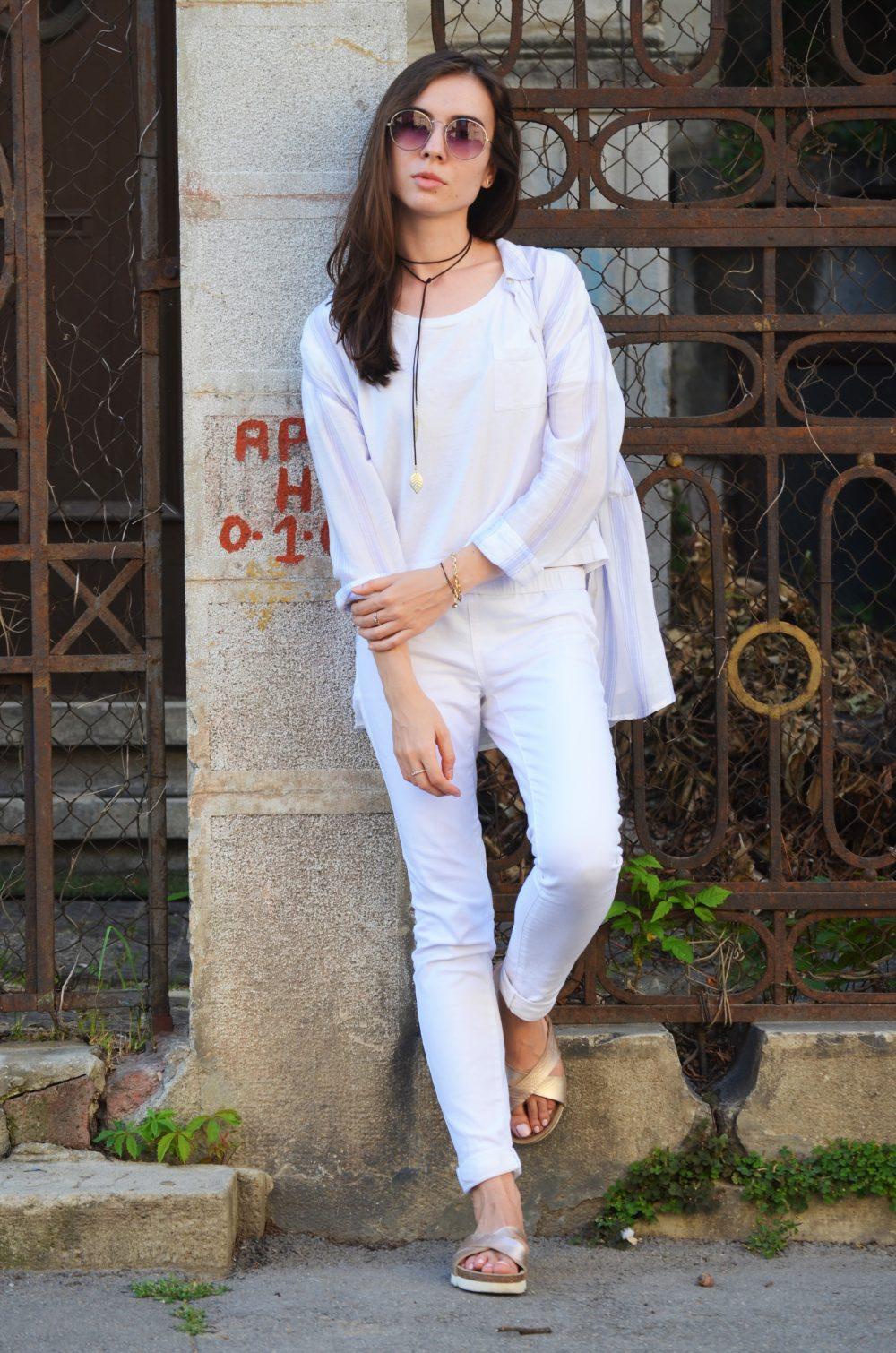 qonique-white-outfit-4