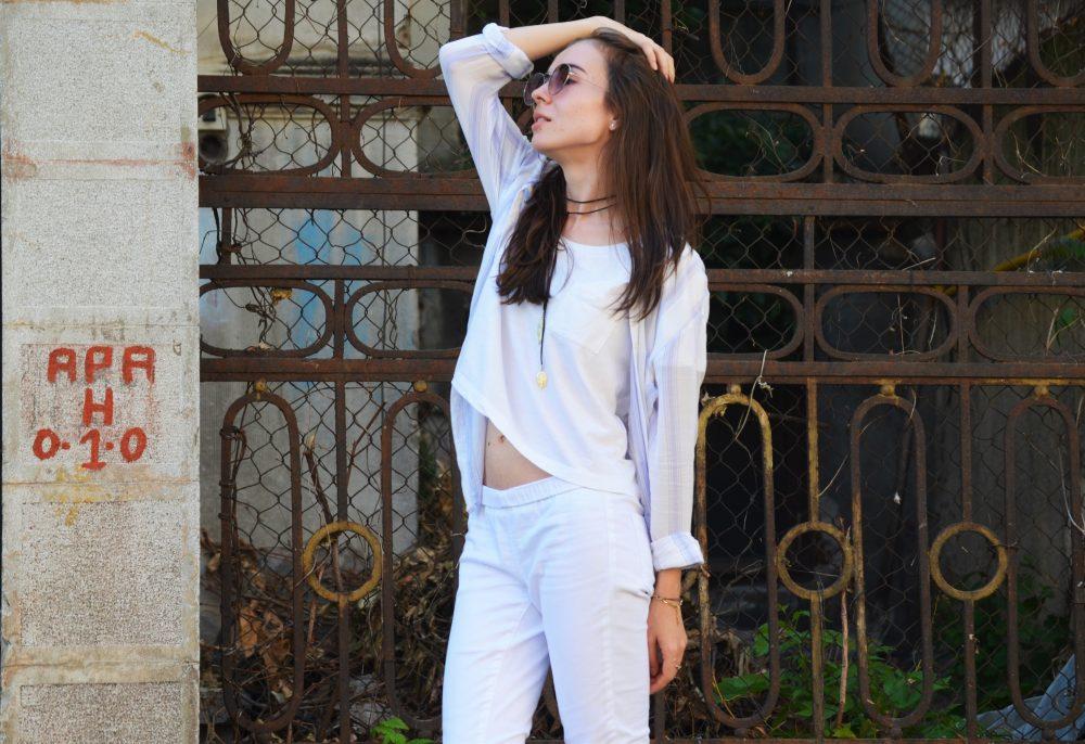 qonique-white-outfit-5