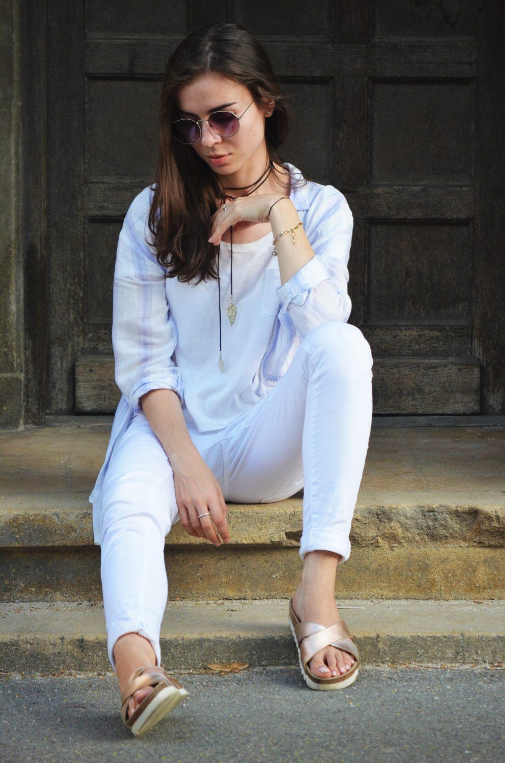 qonique-white-outfit-9